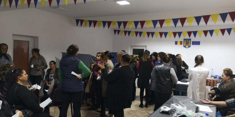 """Campania """"Nu am făcut destul"""" a mobilizat sute de persoane, la Căianu Mic"""